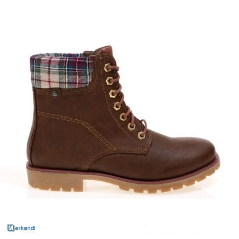 Pallet Deal - Mixed Boots and Shoes for Women  259803   e3de248b4fa